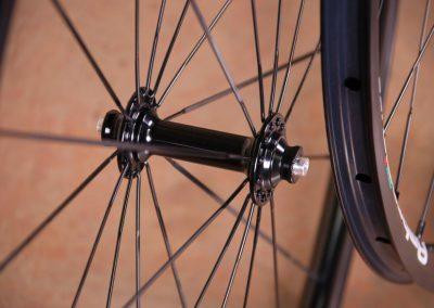 ambrosio-i20-wheelset-front-hub